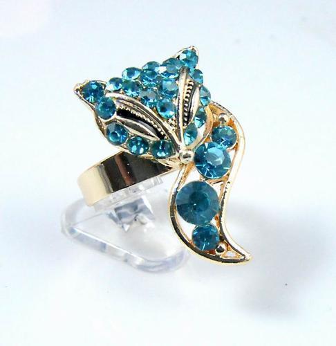 Blue Crystal Seductive Fox Ring